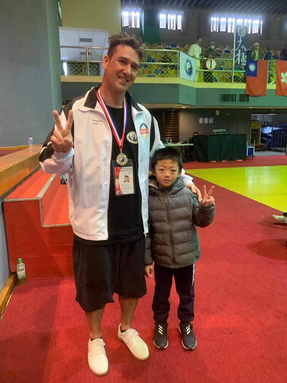 Kai Flagge Taiwan Kinder Training Tai Chi Meisterschaft