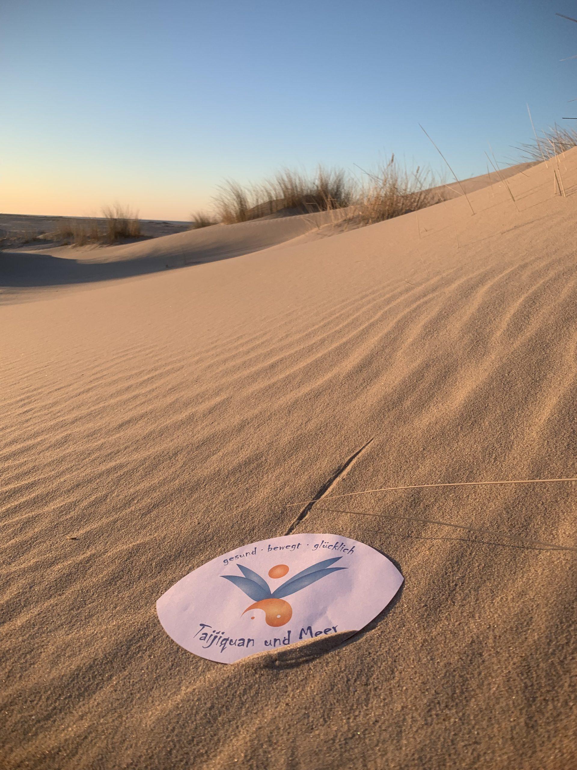 Taijiquan und Meer auf Norderney, tai chi chuan im Sand